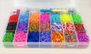 €30 for 6000 Multi Coloured Rubber Bandz including LOOM and carry case, Delivered.