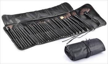 €25 for a 32pc Make Up Brush Kit, Delivered.