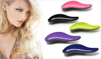 Tangle Teaser De Tangling Hair Brush in a choice of colours.  1 for €7.99  2 for €13.99 or 3 for €18.99 with Free Delivery.