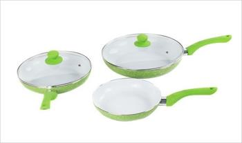 5 Piece Non-Stick Ceramic On Stone Pan Set in Green for only €34.99 with Free Delivery.
