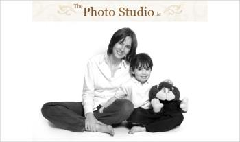 "€19 for a 1-Hour Studio Photoshoot & a 12""x16"" Stretched Canvas from The Photo Studio, Dublin 18!"