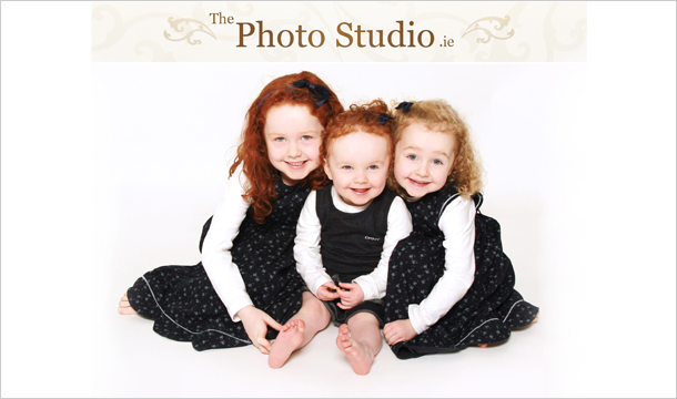 €19 for a 1-Hour Studio Photoshoot and a 12\